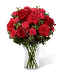 bouqet-di-rose-garofani-rossi