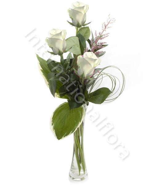 tre-rose-bianche