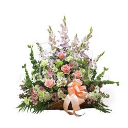 cesto-funebre-lilium-bianchi-rose-rosa
